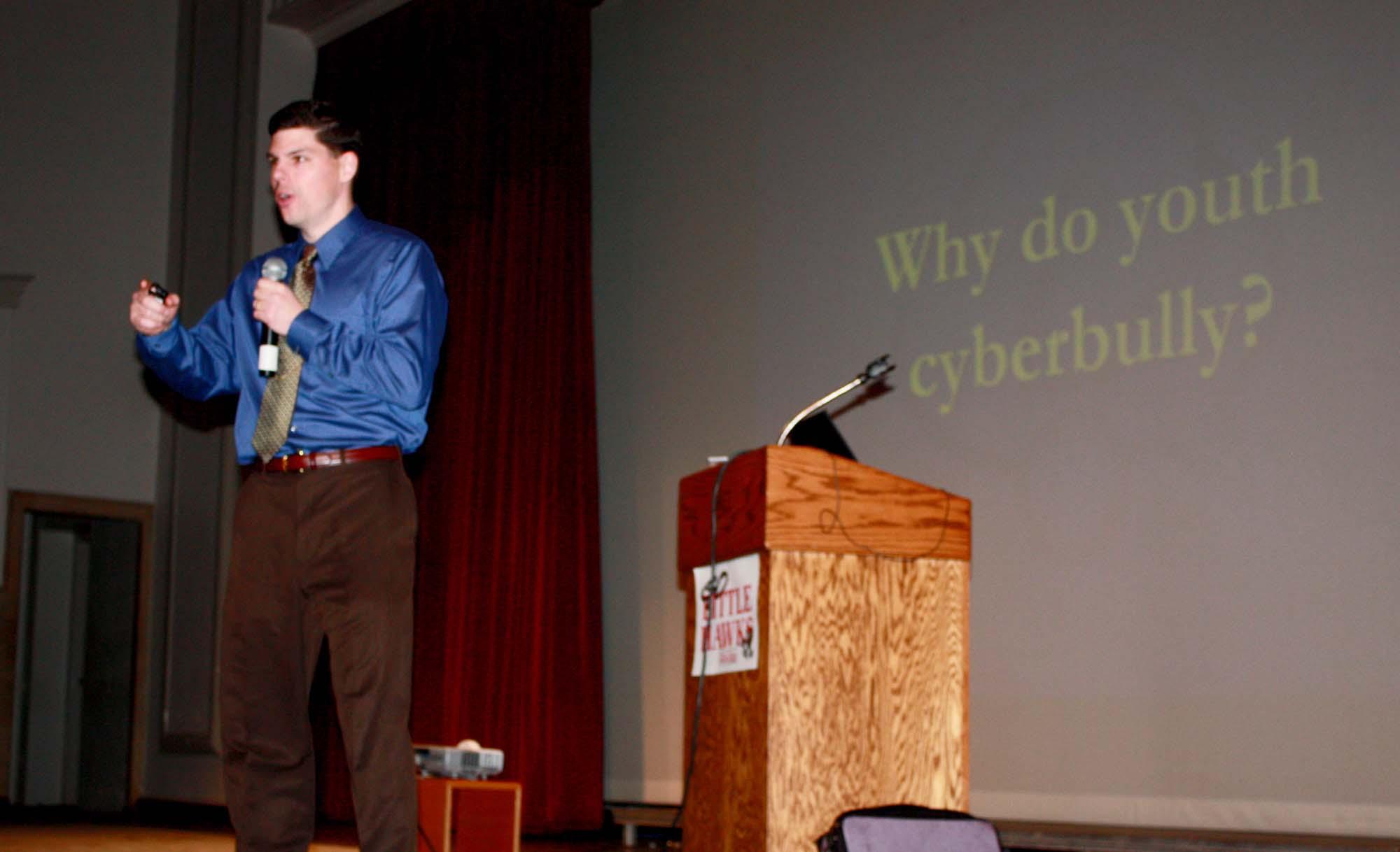 Internet-cyberbullying